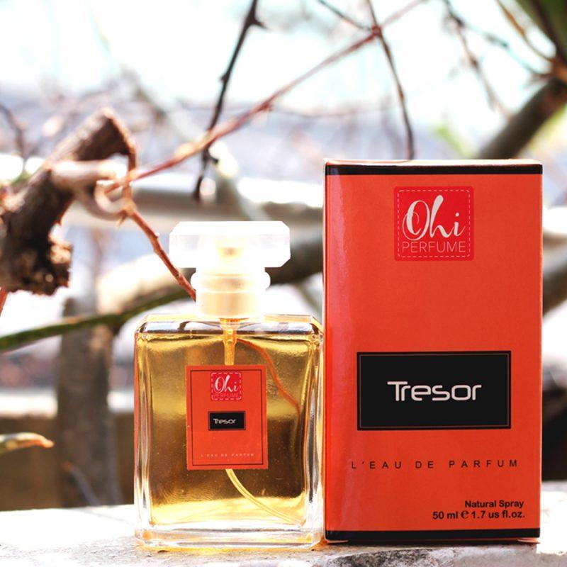 Thiết kế tinh tế chai nước hoa nam hương gỗ Ohi Tresor